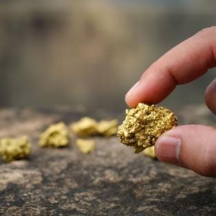 Самородно злато